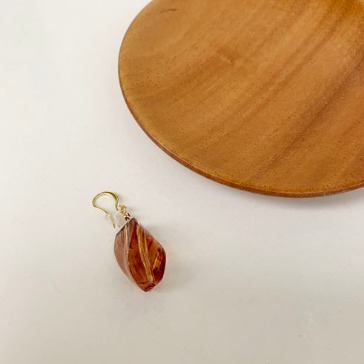 adel earring (brown)